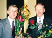 Nacionalinės mokslo premijos laureatai 1999 m. (iš kairės į dešinę): Rymantas Jonas Kažys ir Arūnas Lukoševičius